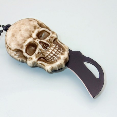 PKA4 Skull Knife-amulet